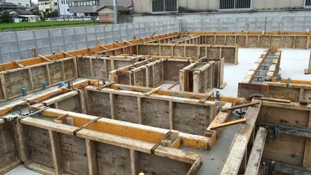 立上りコンクリート打設 (1)
