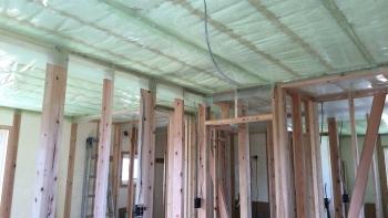 2階天井断熱施工